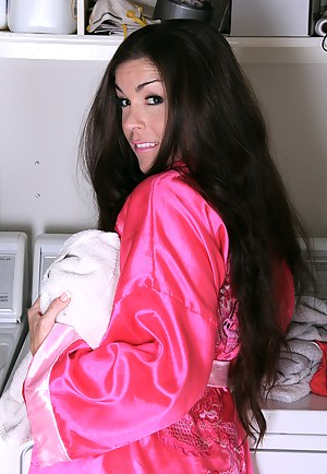 Free Long Hair MILF Porn Pictures