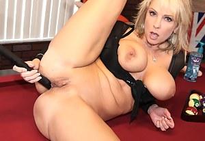 Free Crazy MILF Porn Pictures