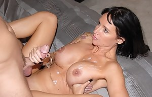 Free Cum on MILF Tits Porn Pictures