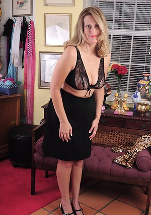 Were free mature milf only